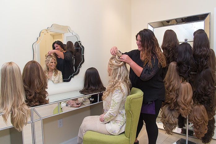 Glo Girl Blow Dry Makeup Bar Offers The Finest 100 Human Hair